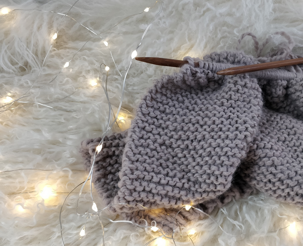 Knitting and Crochet Society (KnitSoc)