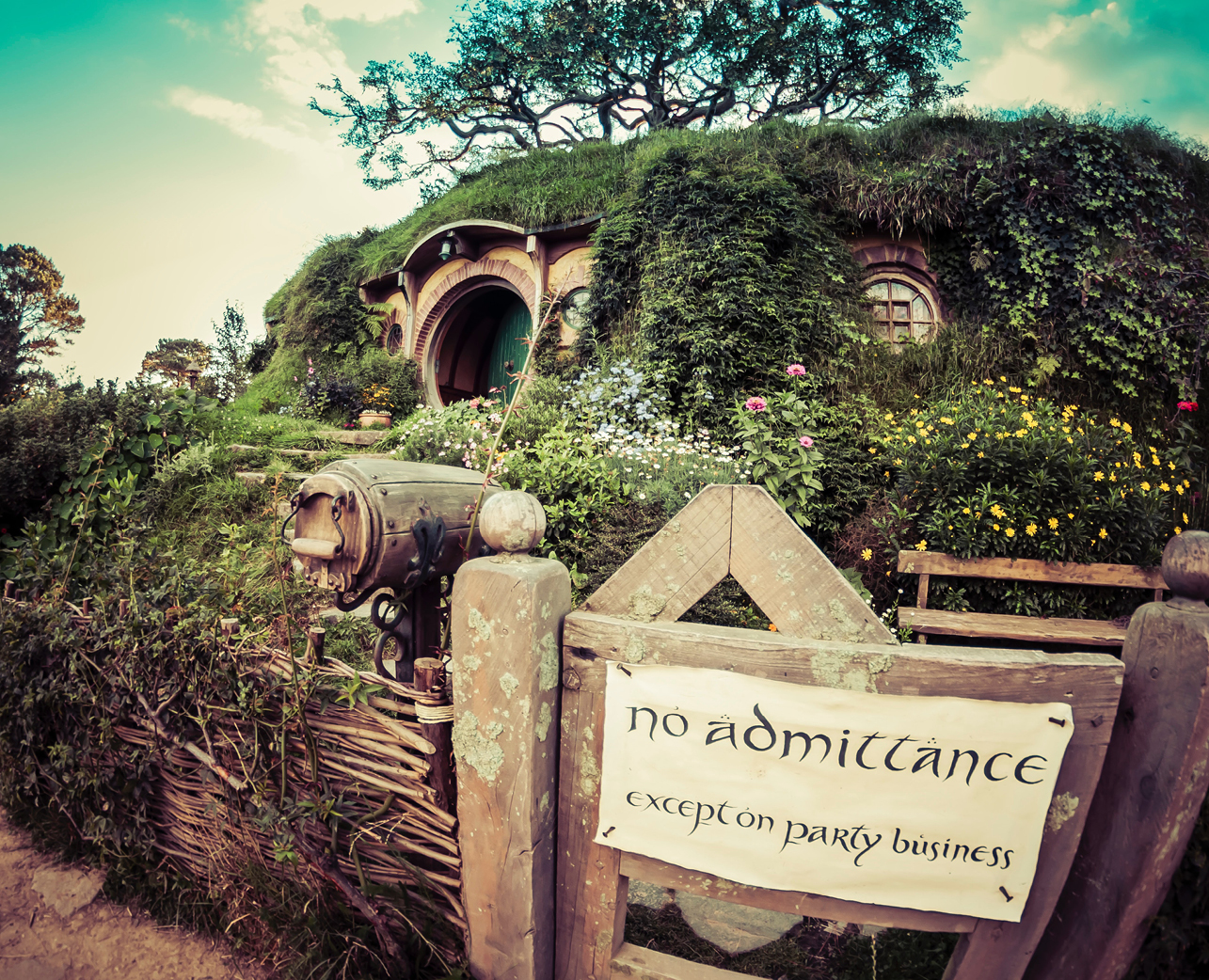 Tolkien Society (TolkSoc)